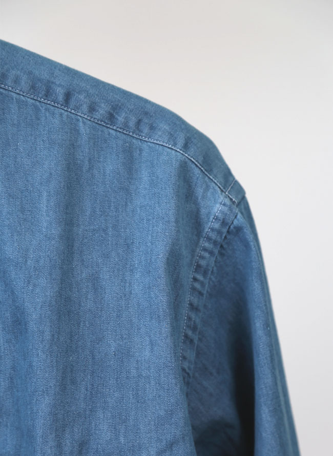 SETでお得!デニムシャツ+半袖ロゴTシャツ